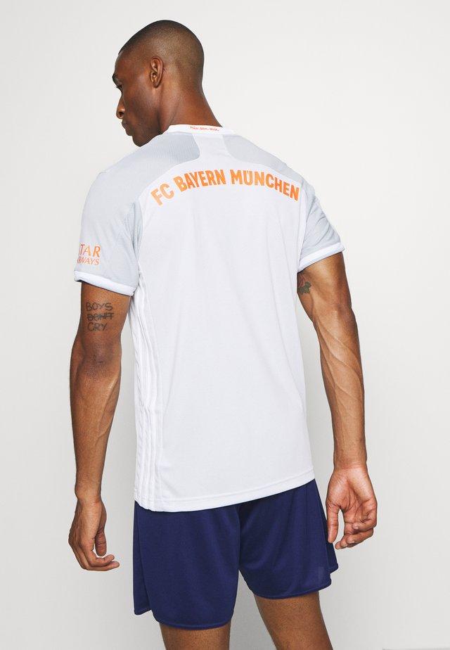 FC BAYERN MUENCHEN AEROREADY FOOTBALL  - Fanartikel - grey/white