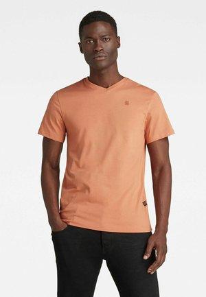BASE-S - T-shirt basic - light paste