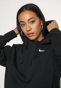 Nike Sportswear - HOODIE TREND - Felpa con cappuccio - black/white - 4