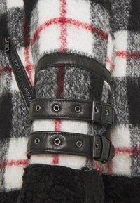 Be Edgy - LESTER - Light jacket - black/white - 3