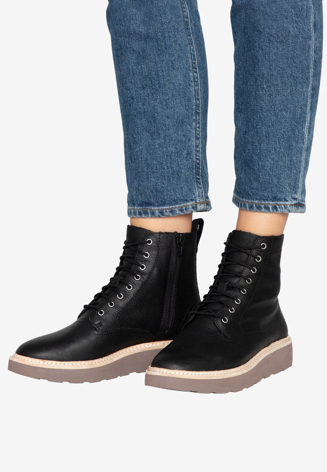 TRACE PINE - Lace-up ankle boots - black
