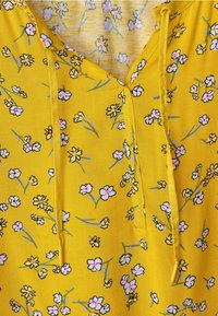 Cecil - MIT BLUMENPRINT  - Blouse - yellow - 3