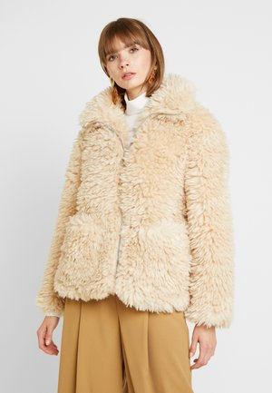 FLUFFY JONAS ZIP THROUGH - Winter jacket - cream