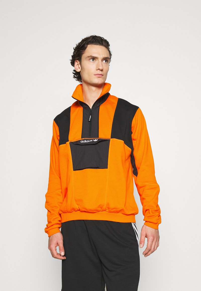 adidas Originals - ADVENTURE SPORTS INSPIRED - Felpa - orange