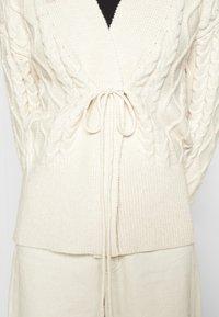 Fashion Union - IVY - Cardigan - cream - 5