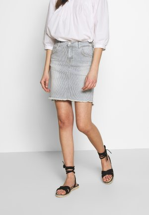 INNIE - Denim skirt - brila wash