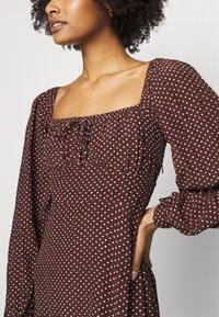 Faithfull the brand - SHANNALI MINI DRESS - Denní šaty - bonnie dot print - 5