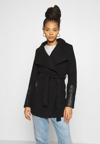 VMCALA JACKET - Klasyczny płaszcz - black