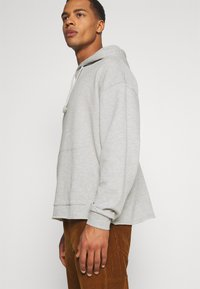 YOURTURN - UNISEX - Hoodie - light grey - 4