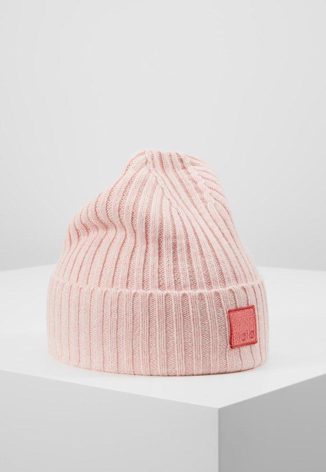 KARLI - Beanie - bubble pink