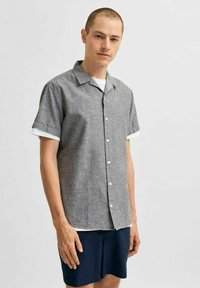Selected Homme - SLHREGNEW  - Shirt - black olive - 0