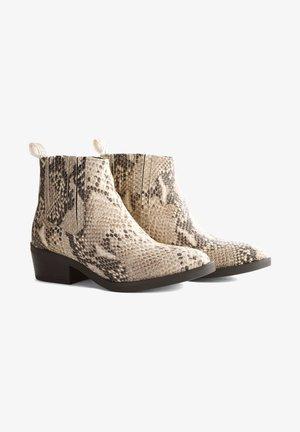 V.HORTA - Korte laarzen - croco taupe
