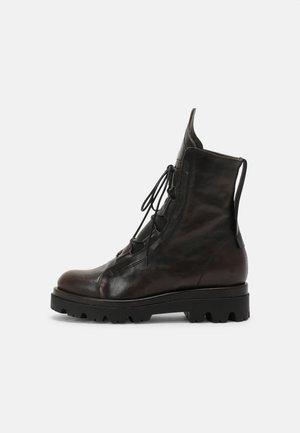 SAMUEL - Veterboots - brown