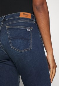 Tommy Jeans - MID RISE BERMUDA - Denim shorts - dark blue - 3