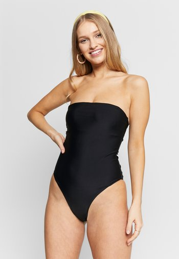 YASTROPICA SOLID SWIMSUIT