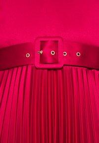 Closet - CLOSET V NECK PLEATED DRESS - Cocktail dress / Party dress - burgundy - 5