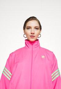 adidas Originals - SWAROVSKI TRACK  - Træningsjakker - solar pink - 5
