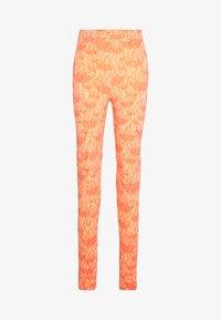 adidas Originals - TIGHT - Leggings - Trousers - chalk coral - 3