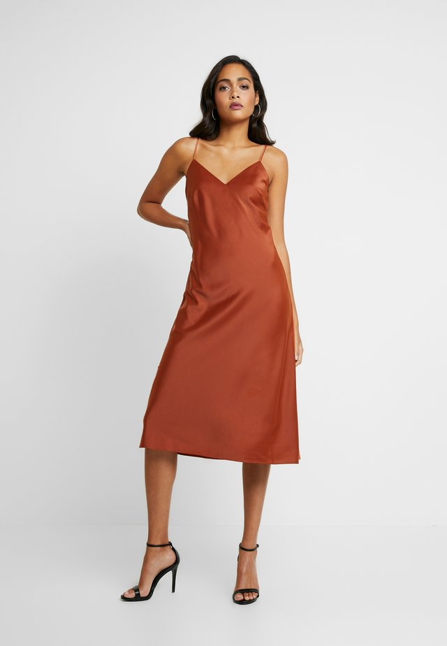 SPAGHETTI STRAP DRESS NEMI - Juhlamekko - copper