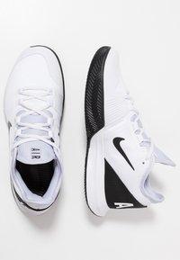 Nike Performance - AIR MAX WILDCARD CLAY - Tennissko til grusbane - white/black/oxygen purple - 1