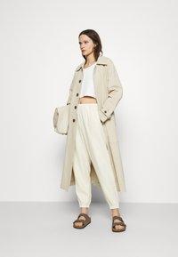 American Vintage - KYOBAY - Trousers - naturel - 1