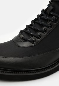 HUGO - DISTRICT - Lace-up ankle boots - black - 5