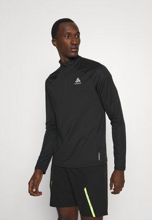 MIDLAYER 1/2 ZIP ESSENTIAL - T-shirt de sport - black