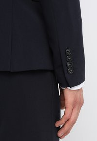 Lindbergh - PLAIN SUIT  - Puku - navy - 8