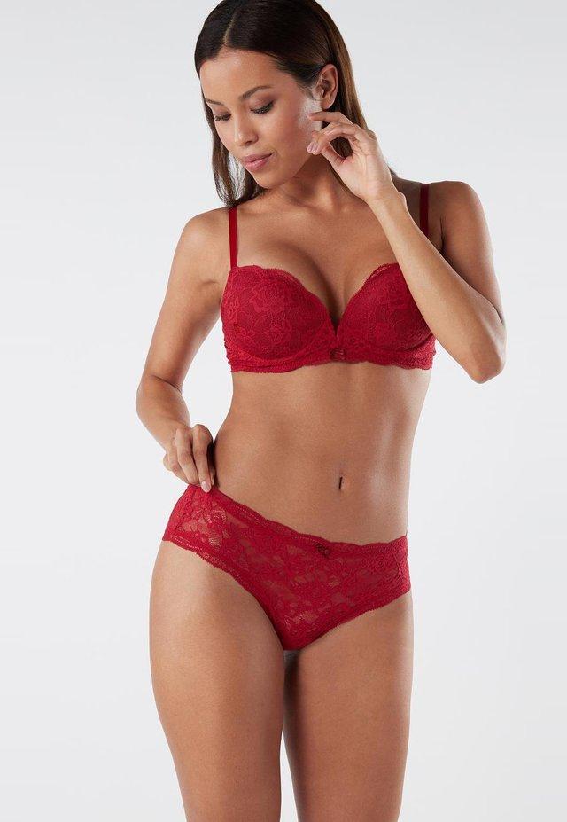 BRASIL PANTY AUS SPITZE - Briefs - rosso