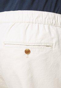GAP - EASY PANT - Pantaloni - unbleached white - 4