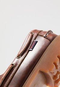 Sebago - PORTLAND LUG WAXY - Boat shoes - brown - 5