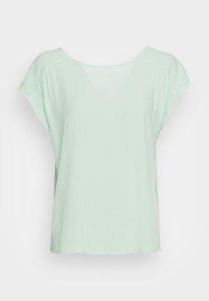 Basic T-shirt - aqua mint
