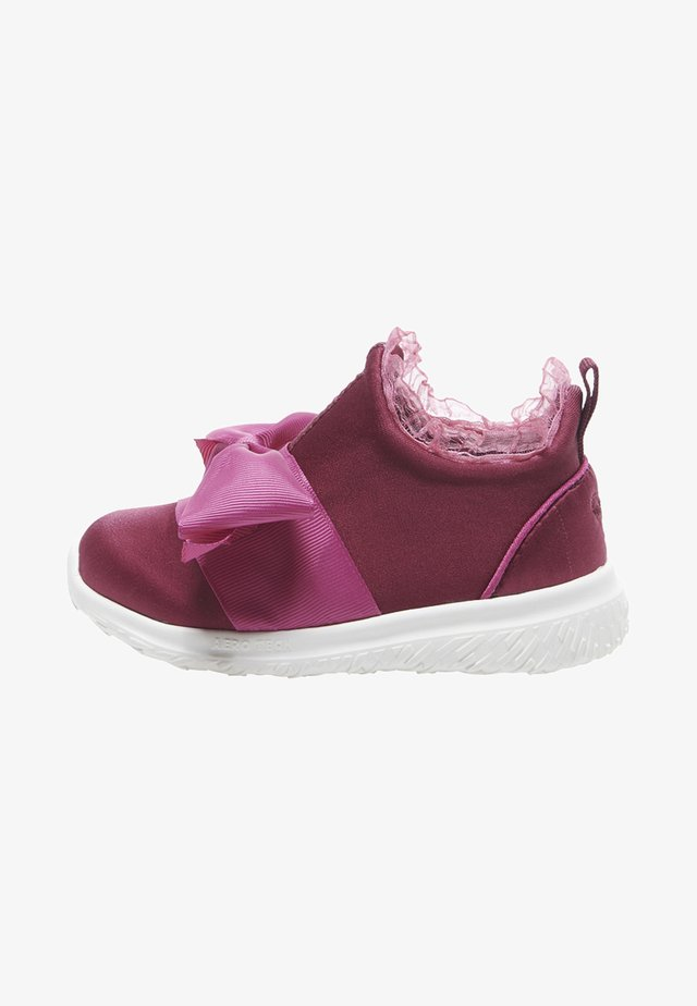 ACTUS PRINCESS INFANT - Sneaker low - biking red