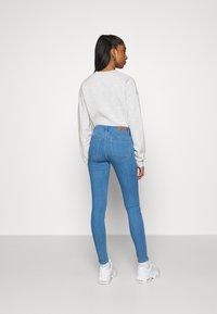 ONLY - ONLKENDELL LIFE  - Jeans Skinny Fit - light blue denim - 2