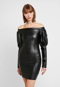 Nly by Nelly - VOLUME SLEEVE DRESS - Pouzdrové šaty - black - 0