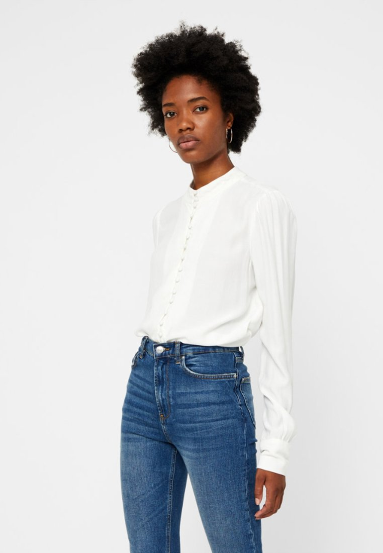 Vero Moda - JAPANISCHER - Button-down blouse - bright white