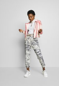 Desigual - PANT TROPICAL - Broek - crudo - 1