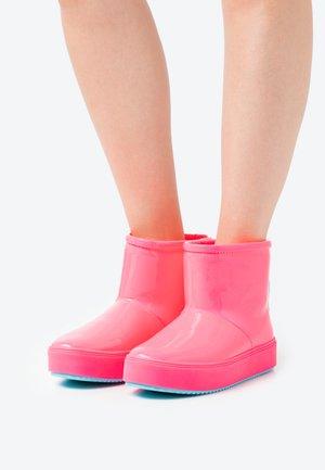 Kotníková obuv - pink fluo/turquoise