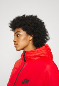 Nike Sportswear - CORE  - Light jacket - chile red/white/black - 3