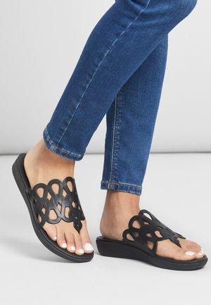 T-bar sandals - all black