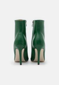 BEBO - ALYSE - Støvletter - green - 3