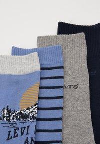Levi's® - GIFTBOX REGULAR CUT MOUNTAIN 4 PACK - Socks - blue - 1