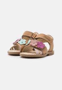 Primigi - Sandals - beige scuro - 1