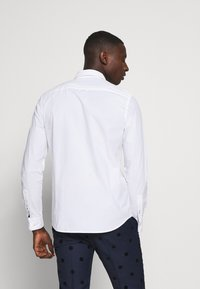 Calvin Klein - SLIM FIT - Formal shirt - white - 2