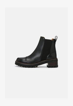 MALLORY BOOTIE - Kotníkové boty - black