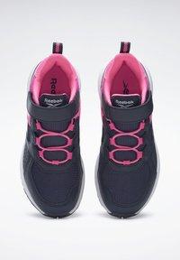 Reebok - ROAD SUPREME 2 ALT SHOES - Neutral running shoes - dark blue/pink - 5