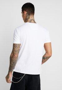 Carlo Colucci - UNISEX - Print T-shirt - weiss - 2