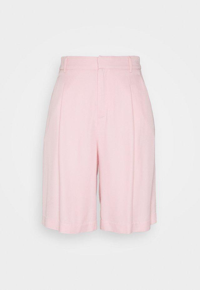 CARRO BERMUDA - Shorts - light pink