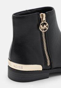 MICHAEL Michael Kors - EMMA BETH - Classic ankle boots - black - 5