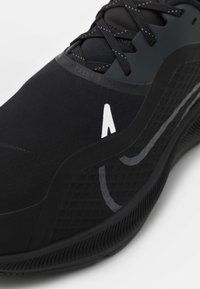 Nike Performance - AIR ZM PEGASUS SHIELD - Stabilty running shoes - black/anthracite - 5